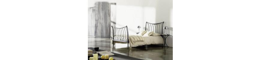 Dormitorios de hierro forjado  Hoteles, Casas Rurales - Fusta i Ferro